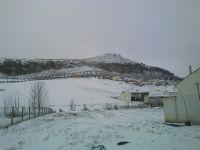 Píñar y su castillo nevados