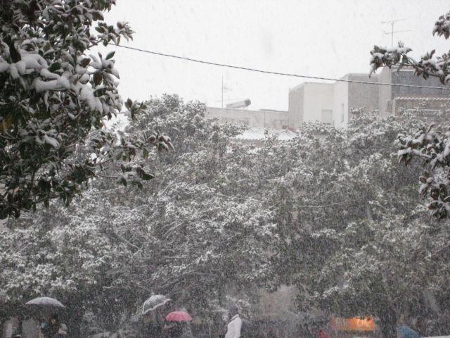 Nevando en la Plaza de Santa Maria