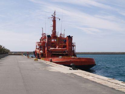 Remolcador del puerto