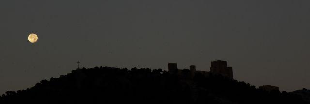 Luna de amanecida