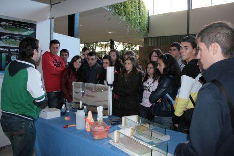 Los alumnos de bachillerato de Alhama en la Semana de la Ciencia