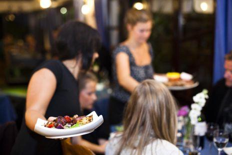 010 interior Restaurante en granada, tablao Flamenco en l'albaycin - JardinesdeZoraya.com restaurante