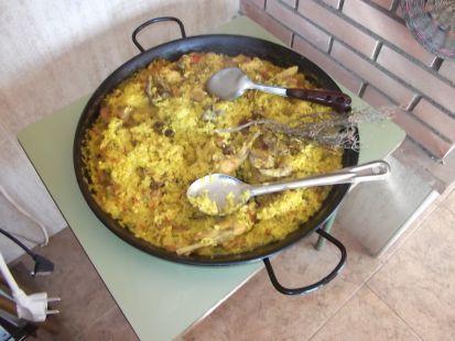 la paella de arroz