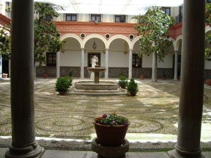 Patio del Ayuntamiento