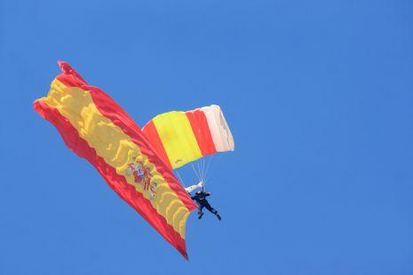 El vuelo de la bandera