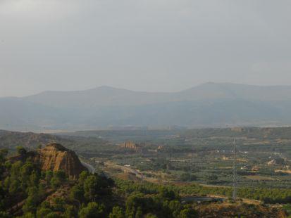 Cerros, valle y sierra