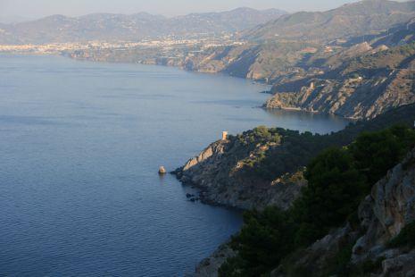 Vista general de los acantilados Cerro Gordo-Maro
