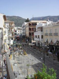 Plaza Garcia Moreno, fiesta el dia Señor , Orgiva