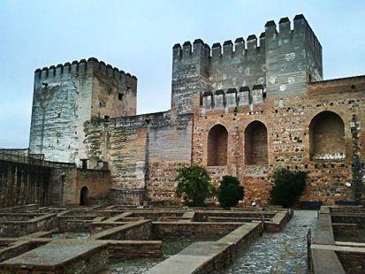 alcazaba,patio de armas