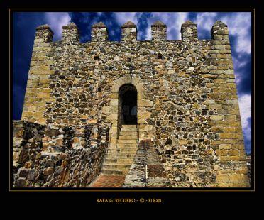 Acceso Torre Bujaco