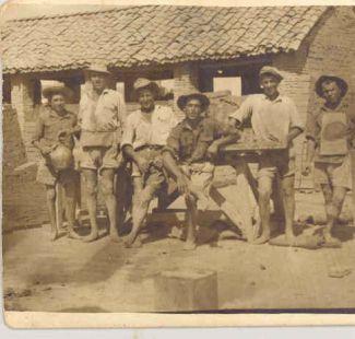 Trabajadores de antiguos tejares en Gabia