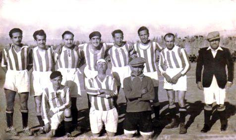 Equipo de fútbol de la posguerra gabirra
