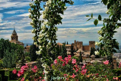 la alhambra se viste de primavera