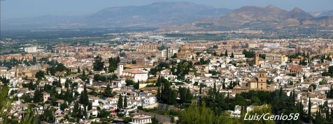 Panoramica de Granada desde la silla del Moro