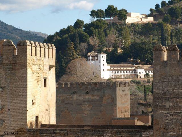 Silllla del Moro y el palacio del Generalife