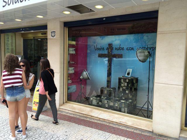 Cruz de Mayo escaparates