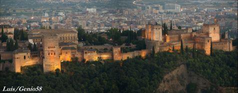 Anocheciendo en la Alhambra
